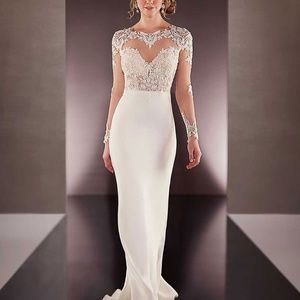 Martina Liana 690 Sample Wedding Gown Size 10